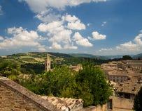 Señales de Italia vista panorámica de Urbino, sitio II de la UNESCO Foto de archivo