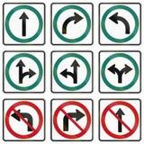 Señales de tráfico reguladoras en Quebec - Canadá Imagen de archivo