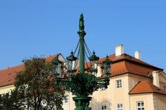 Señales en el castillo de Praga complejo, República Checa El castillo de Praga es la atracción visitada de la ciudad Imágenes de archivo libres de regalías