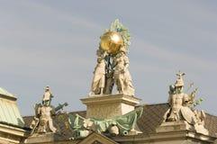 Señales históricas, sitios, estatuas en Europa Oriental imagen de archivo