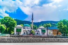 Señales viejas del Islam en Sarajevo, capitales europeos foto de archivo
