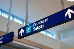Señalización del aeropuerto foto de archivo libre de regalías