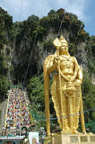 Señor Murugan Statue en Batu excava Thaipusam imagenes de archivo
