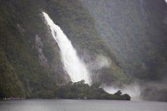 Señora Bowen Falls en la niebla Fotos de archivo libres de regalías
