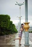 Señora china en al aire libre, Putrajaya, Malasia de la oficina Imagenes de archivo