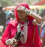Señora con los ornamentos Foto de archivo libre de regalías