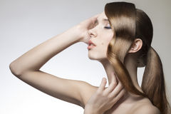 Señora con pelo-estilo brillante creativo Imagen de archivo libre de regalías