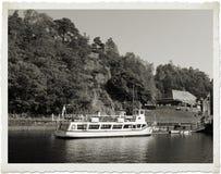 Señora de la nave del lago Imagen de archivo libre de regalías