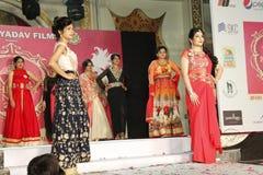 señora Demostración de Bhiwadi NCR Faishon - Raman Yadav Fotos de archivo