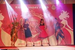 señora Desfile de moda de Bhiwadi NCR - Raman Yadav Films Imagen de archivo