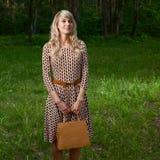 Señora en bosque Fotos de archivo