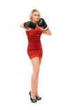 Señora joven rubia en guantes de boxeo fotografía de archivo