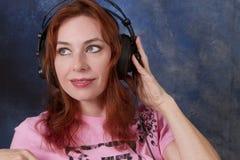 Señora Ready para cantar Imagen de archivo libre de regalías