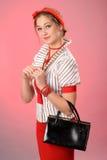 Señora retra con el monedero Fotos de archivo libres de regalías