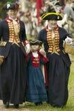 Señoras británicas en el 225o aniversario de la victoria en Yorktown, una reconstrucción del cerco de Yorktown, donde general Geo Imagen de archivo