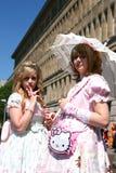 Señoras rosadas de Cosplay Imágenes de archivo libres de regalías