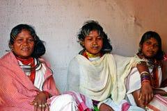 Señoras tribales con joyerías tribales tradicionales Imágenes de archivo libres de regalías