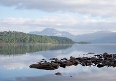 Se över Loch Lomond Arkivfoto