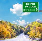 Se?al de tr?fico de PHI PHI DON del knock-out contra el cielo azul claro imagen de archivo libre de regalías