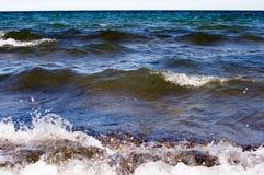 Se briser de vagues Photo libre de droits