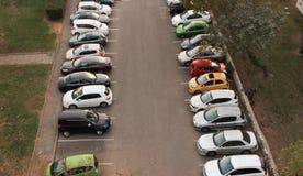 Se deja el solamente un estacionamiento automotriz que parquea Fotografía de archivo libre de regalías