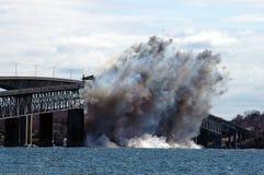 Se detona el puente de Jamestown. fotos de archivo libres de regalías