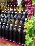 Se embotella el vino Imagen de archivo