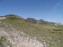 Se för att rynka brant klippa, sjöområde Arkivbild