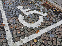 Se garer pour des handicapés Images libres de droits