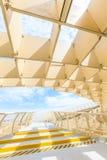 Se hace de la madera consolidada con una capa del poliuretano Imagen de archivo