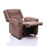 Se levanta y descansa la silla, descansada completamente. Foto de archivo
