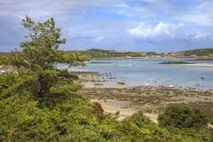 Se in mot nya Grimsby från Bryher, öar av Scilly, England Arkivfoto