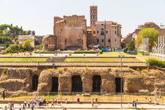 Se in mot Roman Forum Royaltyfri Foto