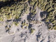 Se ner på kust- sanddyn Flyg- bild Arkivbild