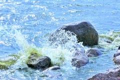 Se précipiter de l'eau Photographie stock libre de droits