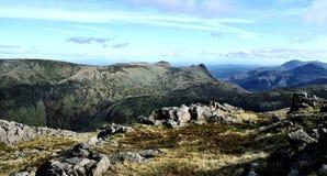 Se södra från Allen Crag arkivbilder