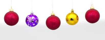 Se suspende el ` s del Año Nuevo o las bolas de la Navidad Fotos de archivo libres de regalías