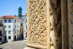 Se Velha, gammal domkyrka av Coimbra portugal Royaltyfria Bilder