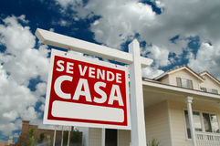 Se Vende Casa Spanish Real Estate Sign and House royalty free stock images