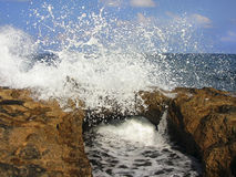 Sea ​​waves and the rocks Royalty Free Stock Images