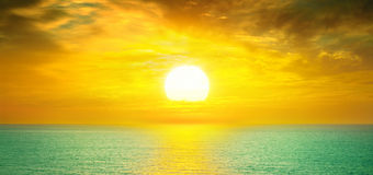 sea and Beautiful sunset Royalty Free Stock Images
