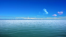 Sea and blue sky Stock Photography
