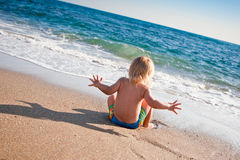 Sea and boy Royalty Free Stock Photography