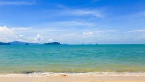 Sea bright blue sky Royalty Free Stock Photos