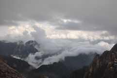 Sea of clouds over the valley Royalty Free Stock Photos
