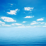 Sea and cloudy sky Royalty Free Stock Photos