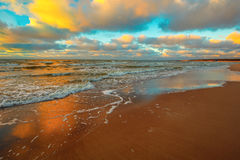Sea coast with cloudy sky Royalty Free Stock Photography