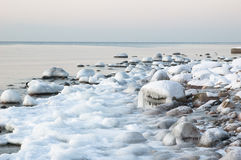 Sea coast in winter Royalty Free Stock Photos