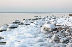 Sea coast in winter Royalty Free Stock Photos