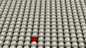 Sea diferente, situación fuera de la muchedumbre, bola roja rodeada por las bolas blancas, concepto, 3D rinden Fotos de archivo libres de regalías